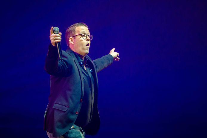 Rutger van Barneveld tijdens een concert in de Ziggo Dome.