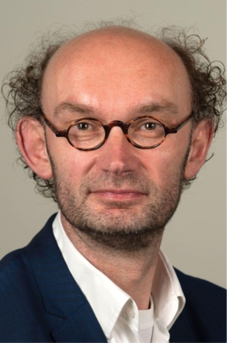 Kees Van den Bos: 'De sociale media blijken een bijzonder effectief middel om terroristische organisaties om nieuwe leden te werven.' Beeld