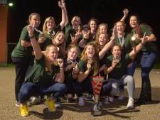 Raad van Oisterwijk zet softbalkampioenen van Roef! alsnog in het licht