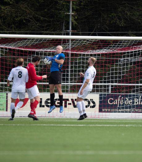 Uitslagen, doelpuntenmakers én wedstrijdverslagen amateurvoetbal (zondag)