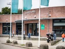 Ouders stellen zwembad en zwemclub Arnhem aansprakelijk voor ontuchtzaak