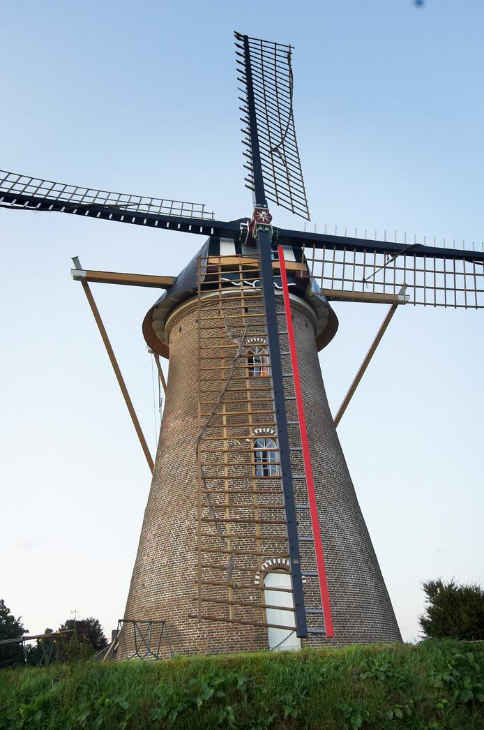 De molen in Eerde.