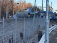 Une collision spectaculaire entre un train et un bus en Suède fait trois blessés