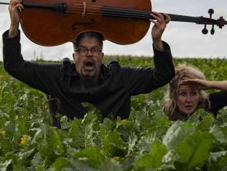 Hilde en Sven entertainen kleuters met muzikale filmvoorstelling