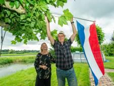 Raad van State: vogels zullen niet dood in tuin vallen van Peter en Mirjam, die zich verzetten tegen windmolens