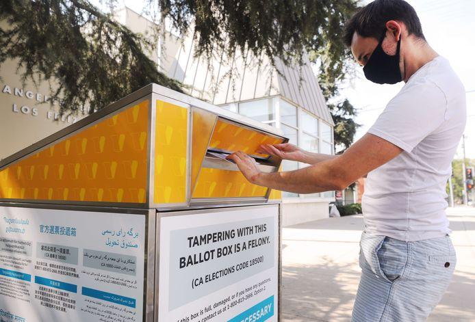 In de Verenigde Staten is het op dit moment al mogelijk om per post te stemmen voor de presidentsverkiezingen.