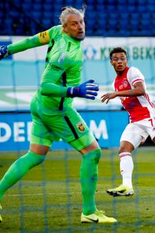 Remko Pasveer vertrekt na seizoen bij Vitesse: Doelman legt nieuwe aanbieding naast zich neer