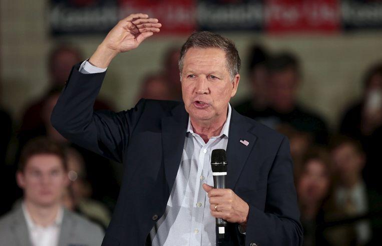 De Republikeinse presidentskandidaat John Kasich tijdens zijn campagne in Michigan. Beeld reuters