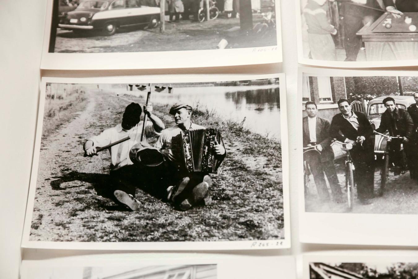 Foto's van de tijd in het kamp.