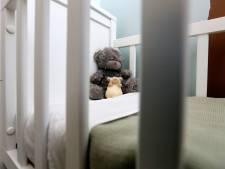 Rotterdammer schudde baby zo heftig door elkaar dat ze kwam te overlijden: vier jaar cel
