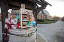 De Buurtcomité Begijnhof Sint-Truiden heeft samen met de Sint een Sinterklaaskast geplaatst in het Begijnhof of kinderen zelfs in coronatijden van pakjes te voorzien.