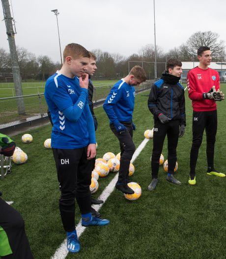 Jeugdspeler Devin Haen (16) uit Zieuwent krijgt contract bij De Graafschap