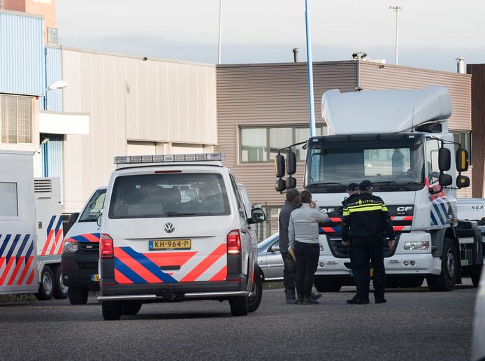 Grote politieactie op bedrijventerrein Ravenswade in Nieuwegein, afgelopen dinsdag.