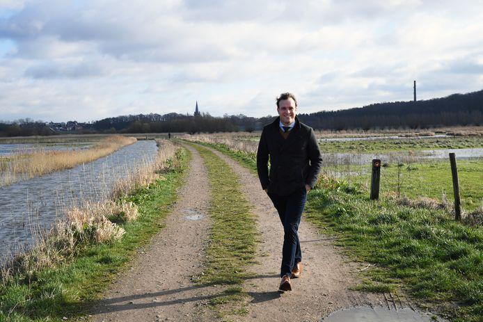 Voor Thierry de Heer (D66) voelt ook de herziene begroting 2020 van de gemeente Woensdrecht als lopen op te nauwe schoenen. De eerste versie vanwege de zorgkostenexplosie, de nieuwe door de gevolgen van de corona-crisis.