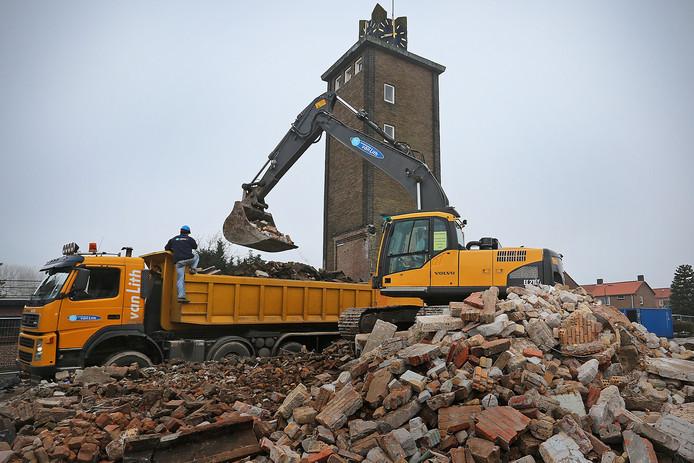 De kans is groot dat de toren in Giessen alsnog wordt gesloopt.
