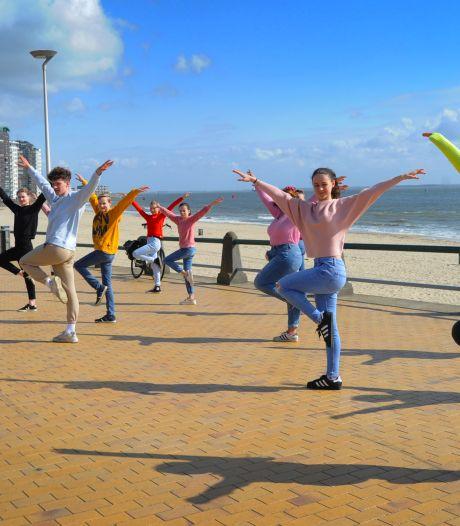 Dansscholen willen weer open: 'Buiten een pirouette draaien op schoenen, dat gaat gewoon niet'