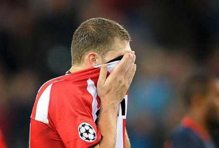 PSV'er Erik Pieters baalt na de 0-3 nederlaag tegen Atletico Madrid Foto ANP/Toussaint Kluiters Beeld