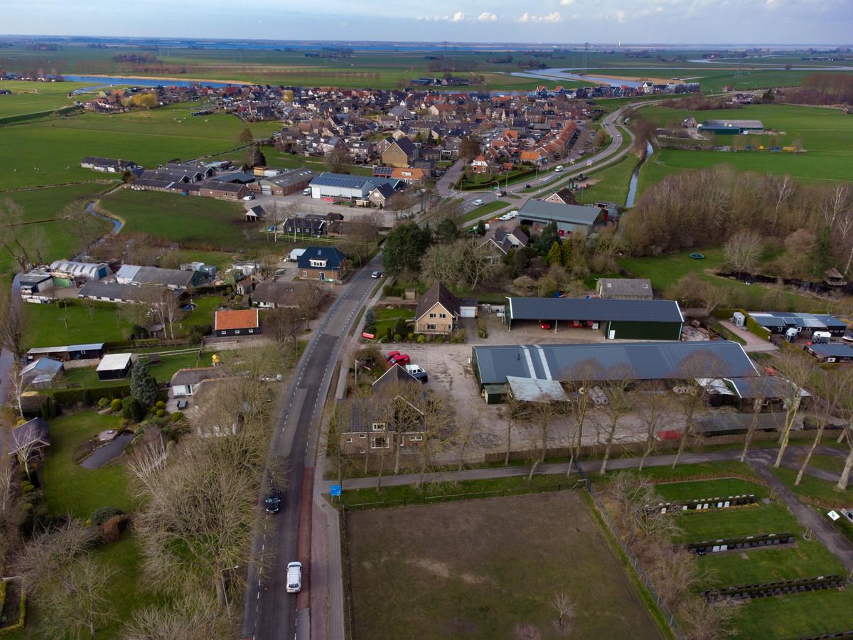 Het Schinkelpad in Grafhorst loopt rechts onderaan op deze foto.