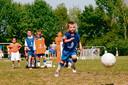 Archieffoto van een jeugdtraining bij SEH in Heerde, voorlopig kunnen die niet doorgaan, vanwege het gevaar voor coronabesmettingen.