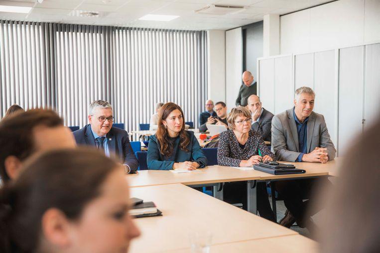 Minister Demir bezoekt Project M.
