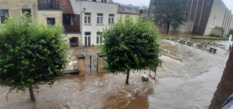 Na de bijna-overstromingen van 1995 zijn we weer wakker geschud door hoogwater