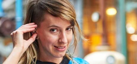Geluidskunstenaar in coronatijd Angela 'Miss Milivolt' de Weijer: 'Veel onaf werk geeft onvoldaan gevoel'