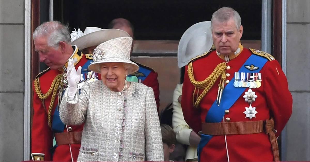 Prins Andrew niet bij verjaardagsparade van de Queen - AD.nl