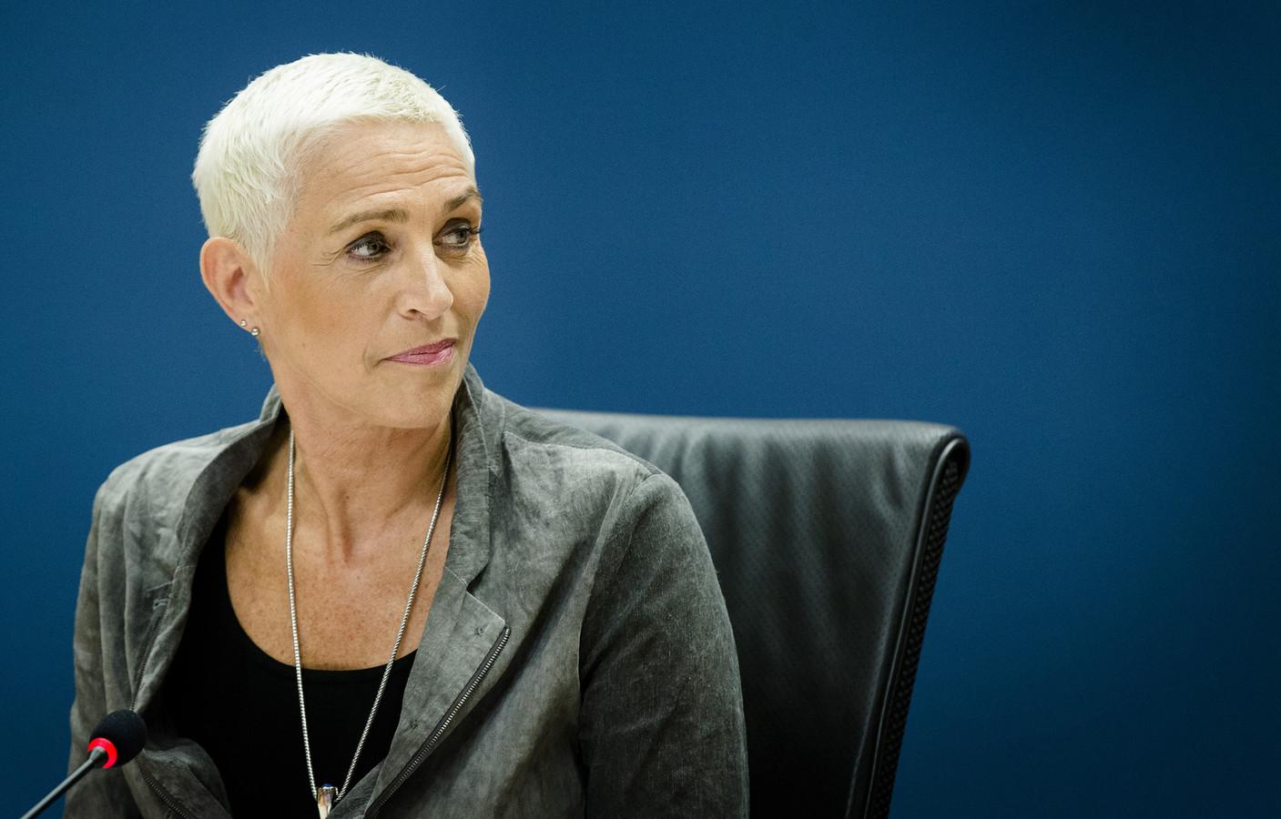 Staatssecretaris Wilma Mansveld van Infrastructuur en Milieu verscheen in juni 2015 voor de parlementaire enquêtecommissie Fyra.