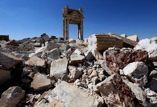 Islamitische Staat vernielde in 2015 de tempels en beelden in de historische plaats Palmyra.