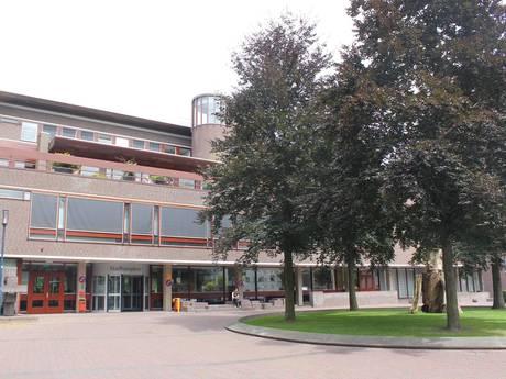 Renovatie stadhuis valt al miljoenen duurder uit