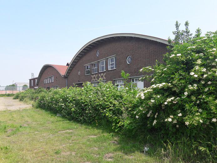 Eén van de Iscohallen wordt gesloopt, de ander wordt omgebouwd tot gezondheidscentrum.