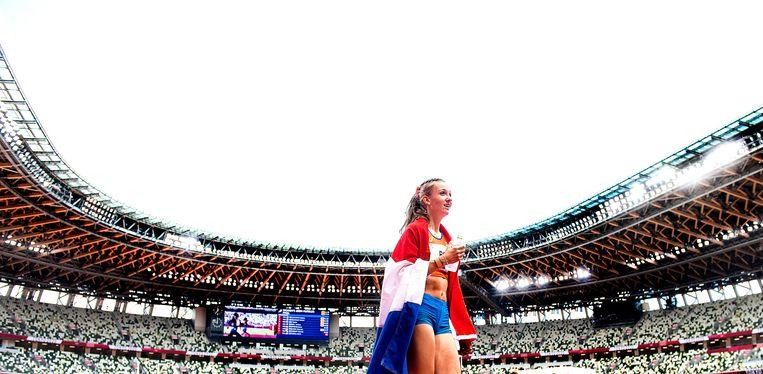 Femke Bol heeft brons te pakken op de 400 meter horden. Kostprijs:  892.474 euro. Beeld Klaas Jan van der Weij
