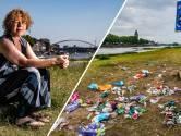 Raadslid zat tussen de feestende jongeren in Deventer en keek ogen uit: 'Dit kan zo niet langer'