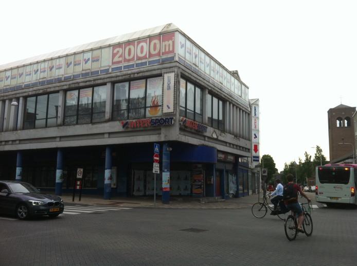 Het voormalige Intersportpand.