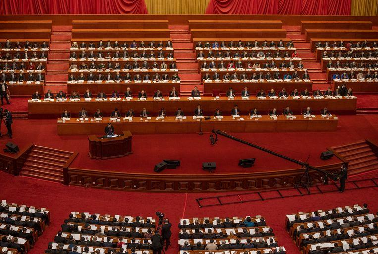 De Chinese premier Li Keqiang spreekt het Chinese Volkscongres toe. Beeld Getty Images
