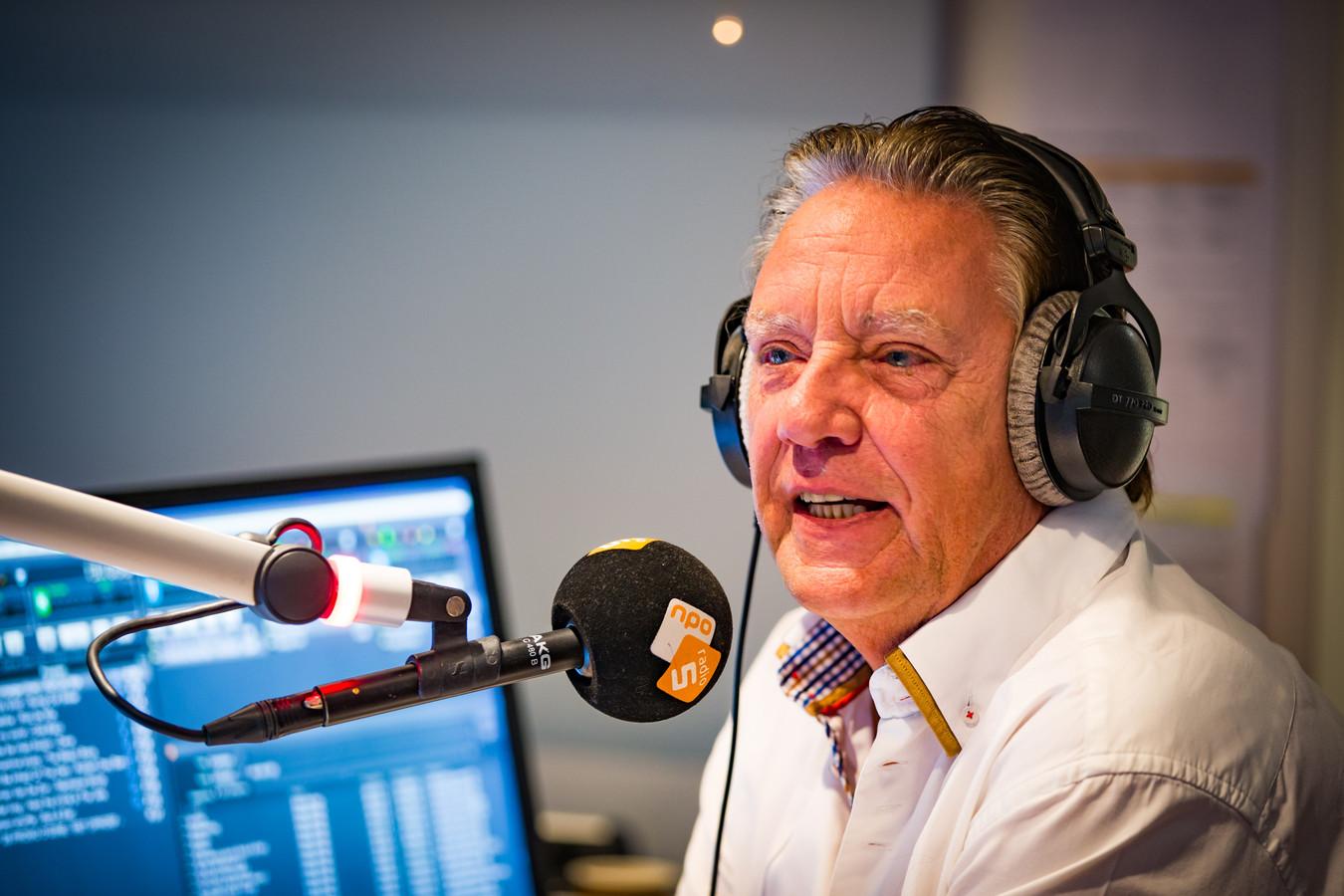 Jan Rietman keert na dertig jaar terug met het muziekprogramma Los Vast.