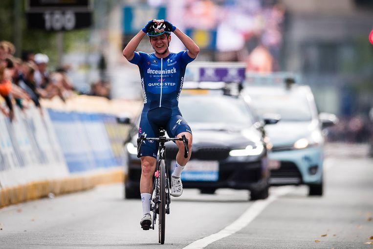 Emoties aan de finishlijn. Beeld Photo News