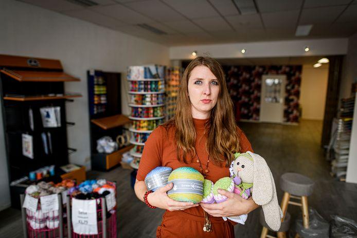Handwerk en Hobby winkel Trendy Kim gaat verhuizen naar een groter pand aan de Industriestraat.