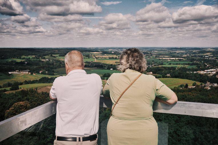 De Wilhelminatoren in Vaals biedt een weids uitzicht op Zuid-Limburg en Duitsland. Beeld Thomas Sweertvaegher