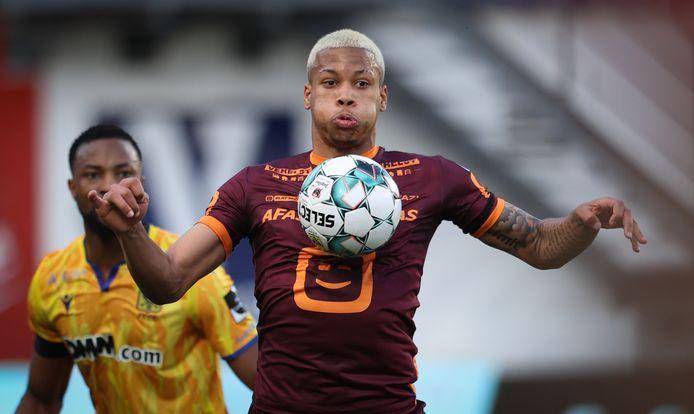 Onder meer de uitgaande transfer van Aster Vranckx (8 miljoen) zorgde voor de nodige financiële injectie om het coronajaar te overbruggen.