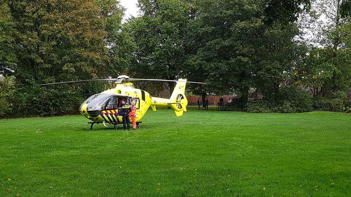 Het kind, dat nog geen jaar oud was, werd met zware verwondingen overgebracht naar het ziekenhuis.