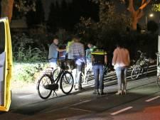 Fietser gewond na aanrijding met geparkeerde vrachtwagen De Lier