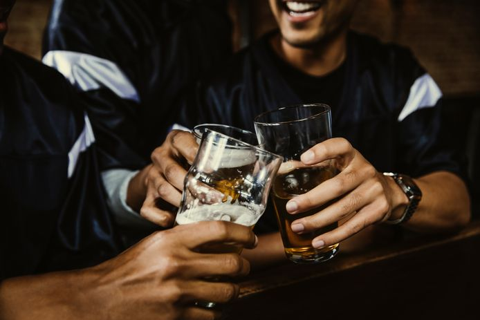 Start EK: alcohol in het verkeer, ook gevaarlijk voor je autoverzekering
