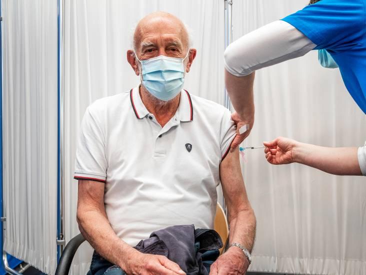 Vaccineren in Almkerk start woensdag, bij voldoende vaccins 700 prikken per dag