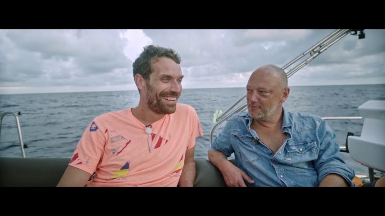 Otto-Jan Ham en Dominique Persoone aan boord. Beeld VIER