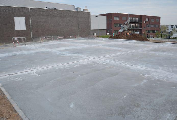 De beton voor het nieuwe skatepark in Denderhoutem is al gegoten.