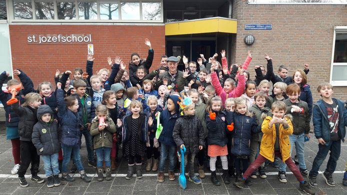 De St. Jozefschool in Haghorst telt momenteel zo'n 60 kinderen.