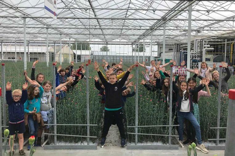 De leerlingen waren onder de indruk van de grootschalige serres.