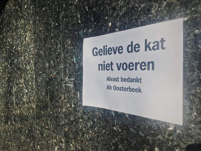 Pamflet bij de Albert Heijn in Oosterbeek.