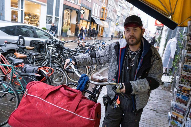 Een dakloze in Amsterdam. Beeld Sabine Van Wechem